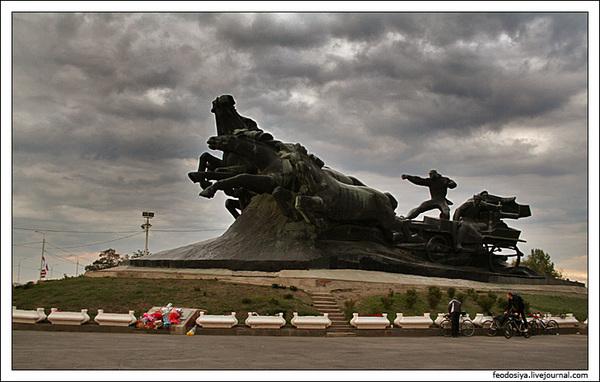 Как сообщили в городском департаменте транспорта Ростова-на-Дону, начиная с 1 июля 2011 года за одну поездку в...