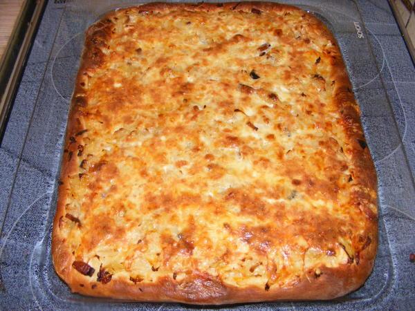 Пирог с квашеной капустой рецепт с фото