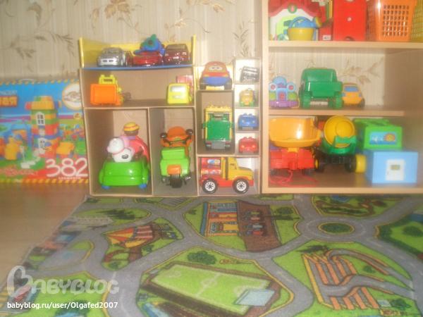 Своими руками гараж для игрушечных машин