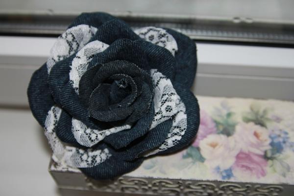 Роза из джинсовой ткани своими руками мастер класс