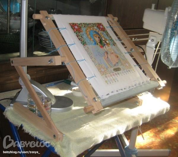 Станок для вышивки по ткани