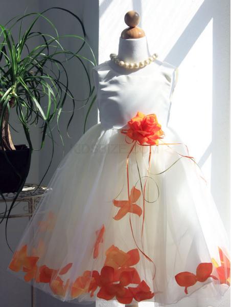 Сшить на праздник платье своими руками
