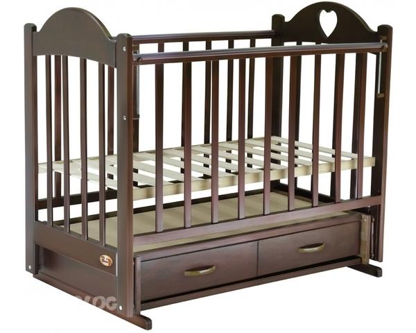 У кого есть кроватка Ведрусс