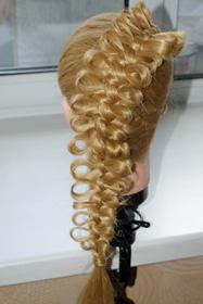 Плетение волос на 1 сентября с бантом