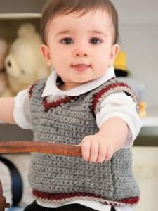 Большой популярностью пользуются вязаные женские кофты спицамии.  Модное вязание спицами кофты (свитеры) фото моделей...