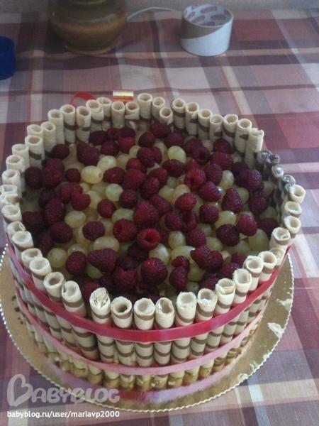 Как по простому украсить торт