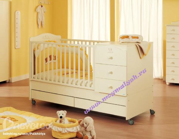 Кроватка трансформер с комодом и пеленальным столиком
