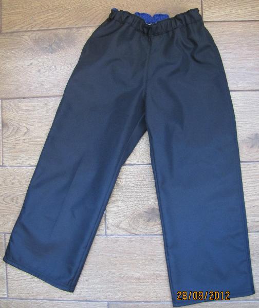 Как сшить детские штаны на резинке из плащевки 35