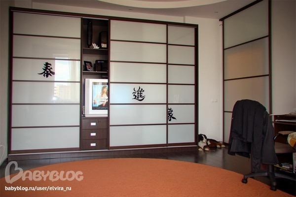 Дизайн зала со шкаф купе фото