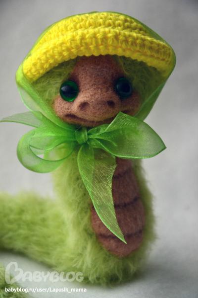 Маленькая змейка свои своими руками
