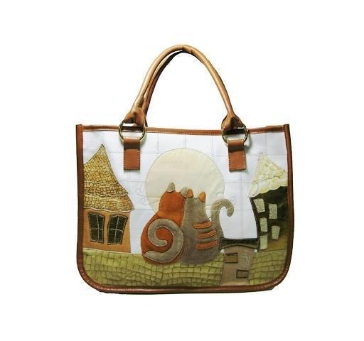 Летняя текстильная сумка от prada с аппликацией кожей