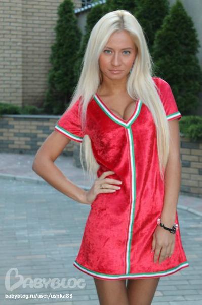 платья на выпускной в греческом стиле