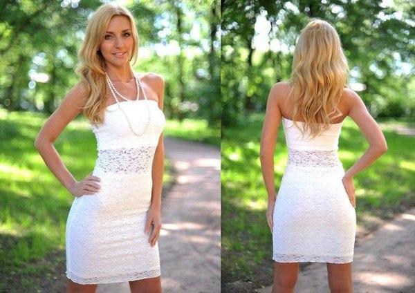 Девичник в свадебных платьях