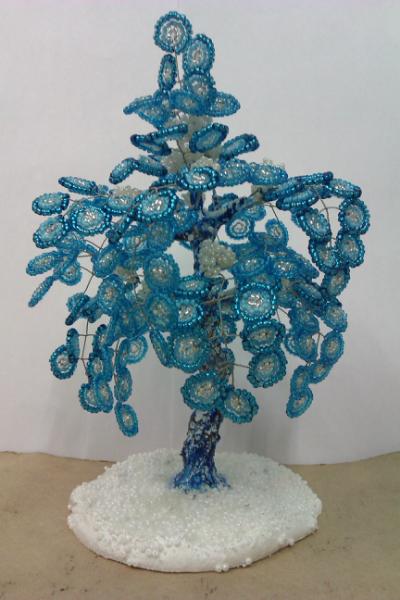 Зимние деревья и пальма))