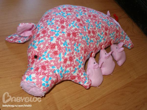 Сшить свинку поросенка