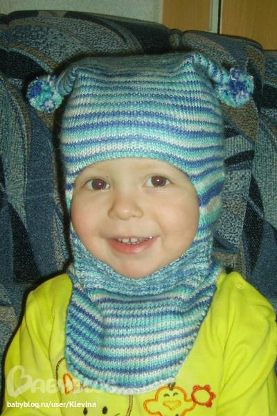 Шапка-шлем на холодную осень.
