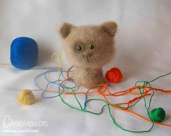 Игрушки для котят своими руками. Как сделать 5