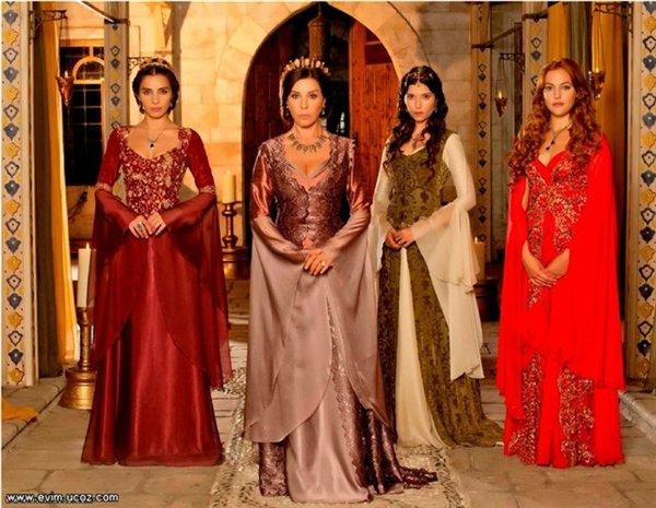 Платья с сериала великолепный век