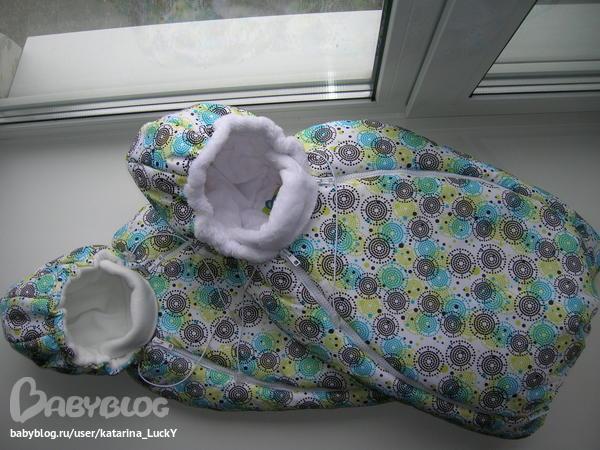 Первые наряды: яркие коконы для малышей