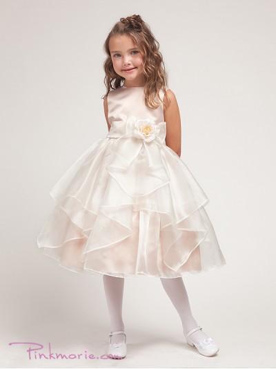 Дети в нарядных платьях фото